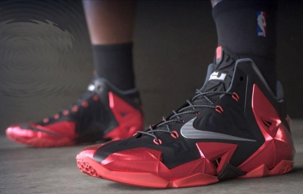 01c546a8 Игра в баскетбол не может обойтись без подходящий кроссовок, которые кстати  имеют свои определенные отличия. Баскетбольные кроссовки ...